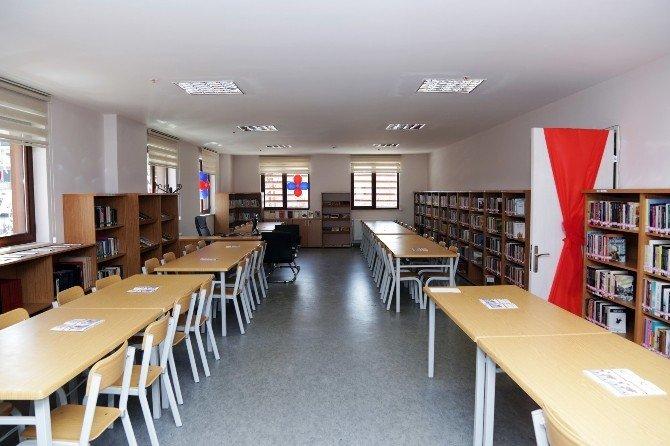 Çağlayan Halk Kütüphanesi Hizmete Açıldı