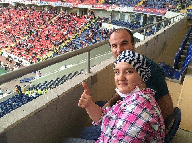 Ayşenur Kanseri Yenip Avrupa Turuna Çıktı
