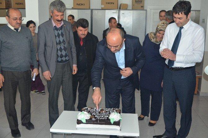 Başkan Şinasi Gülcüoğlu'na Belediye Personelinden Duygulu Sürpriz