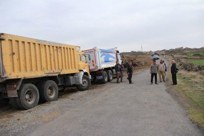 İncesu Belediyesi Yol Genişletme Çalışmalarına Devam Ediyor