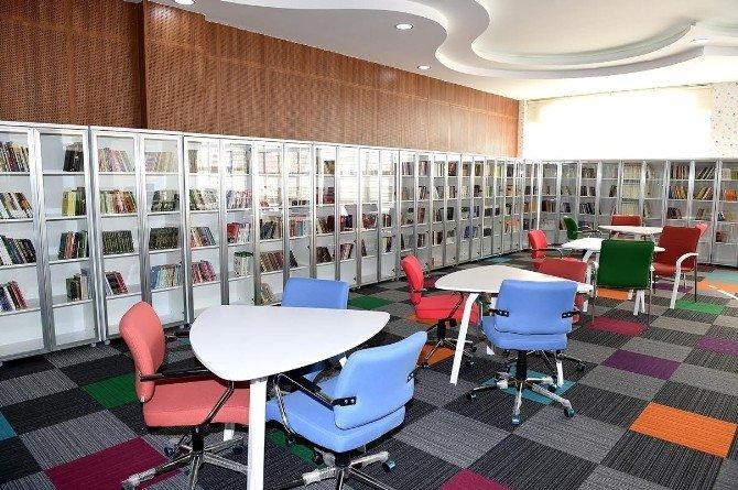 Kernek Külliyesi İçerisinde Kütüphane Açıldı