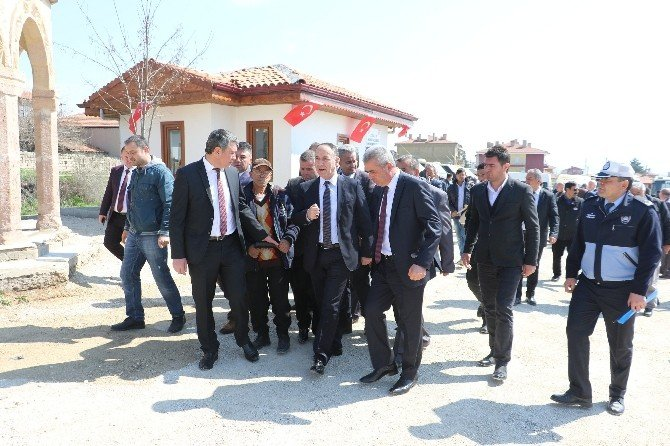 Kırıkkale'de 12 Yeni Minibüs Evi Hizmete Girdi