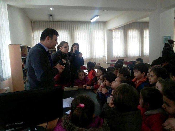Minik Öğrencilerden Kütüphane Ziyareti