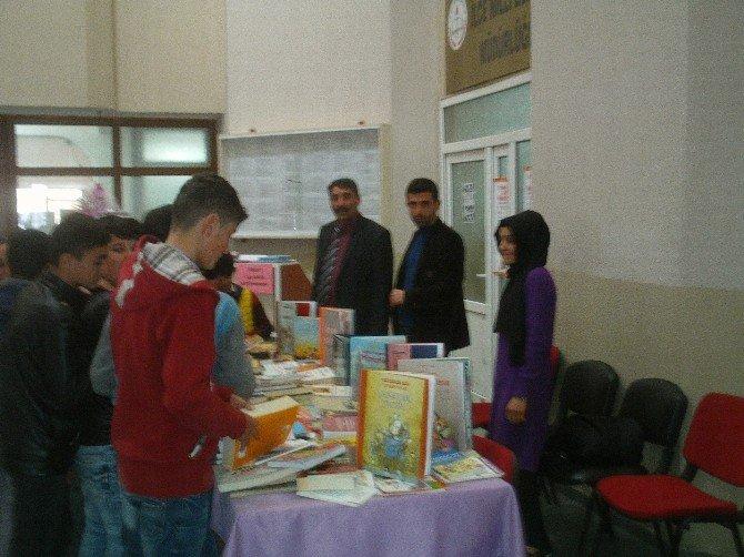 Özalp'ta Kütüphaneler Haftası Etkinlikleri