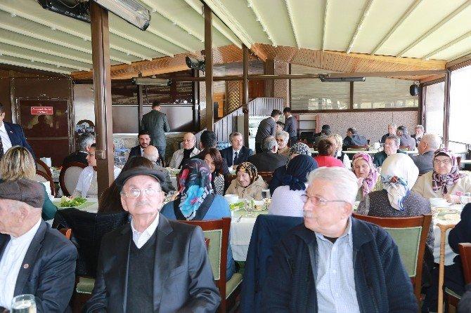 Şahinbey'den Yaşlılara Vefa