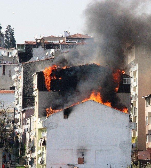 Şişli'de Korkutan Yangın