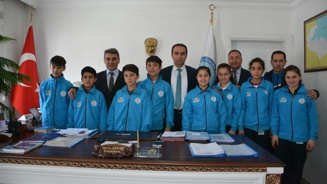 Sporculardan Kaymakam Erkan'a Ziyaret