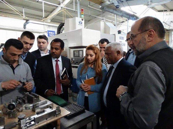 Etiyopya Büyükelçisi Workneh Trabzon'da Üretilen Silahlara Hayran Kaldı