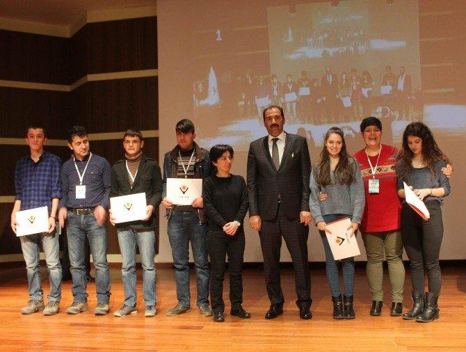 TÜBİTAK Bölge Finallerinde Erzincan Başarısı