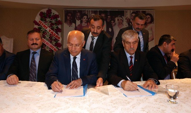 Yenimahalle'de Toplu Sözleşme İmzalandı