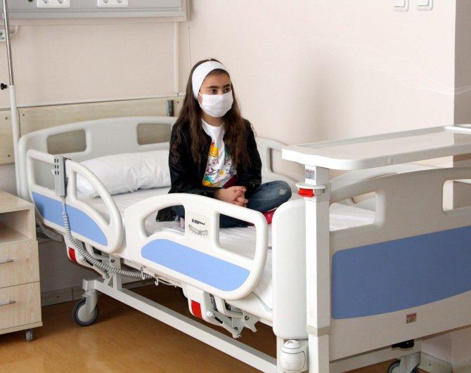Yıllarca diyalize bağlı yaşayan gençlerden duygulandıran organ bağışı çağrısı