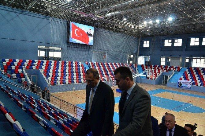 Vali Ali Kaban, Spor Salonunu Gezdi