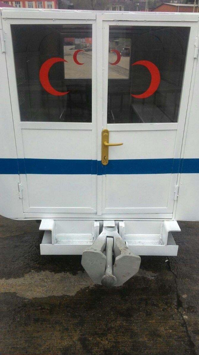 İşçilerin ürettiği 'yeraltı ambulansı' tanıtıldı