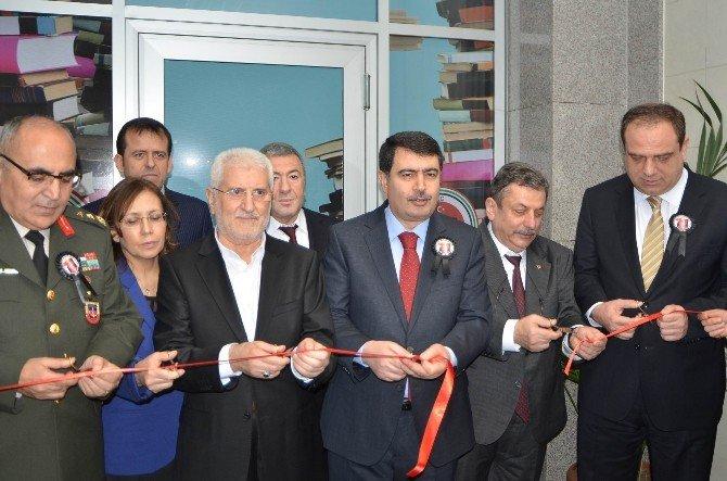 Şehit Savcı Mehmet Selim Kiraz'a İstanbul Adliyesi'nde Anma Töreni