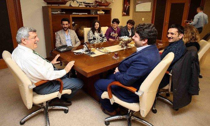 Başkan Karaosmanoğlu STK'larla Bir Araya Geldi