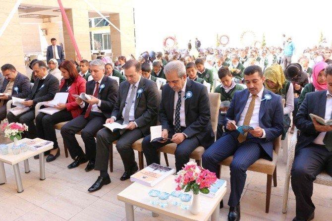 Demirkol, Kütüphaneler Haftası Programına Katıldı