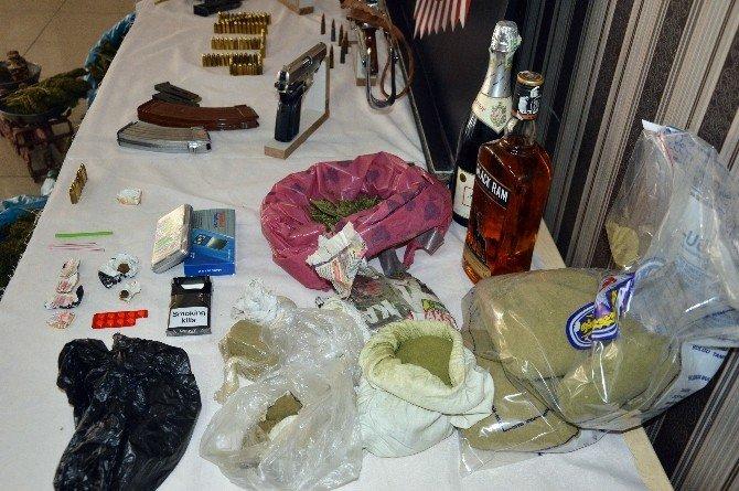 Diyarbakır'da Uyuşturucu Tacirlerine Şafak Operasyonu: 7 Gözaltı