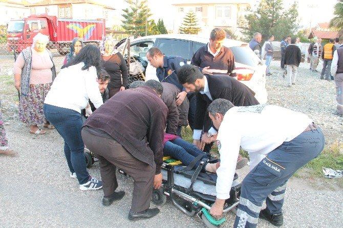Fethiye'de İki Otomobil Çarpıştı 4 Yaralı
