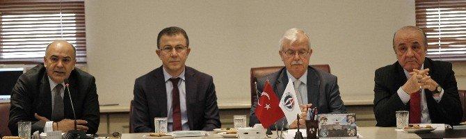 GAÜN'de Suriyeliler İçin Akademik Toplantı