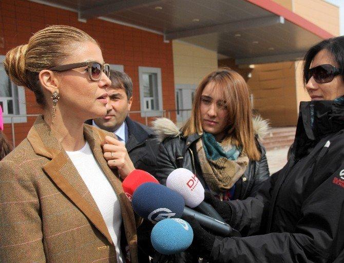 Gülben Ergen Kadın Sporcularla Röportaj Yaptı