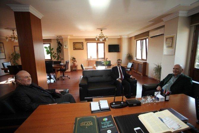 Başkan Altınok Öz, Kartal Müftülüğü'nü Ziyaret Etti