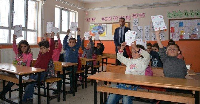 Köy Okulu Öğrencileri Kendi Kitabını Yazdı
