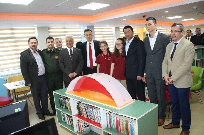 """Devrek'in """"Z Kütüphanesi"""" Açıldı"""