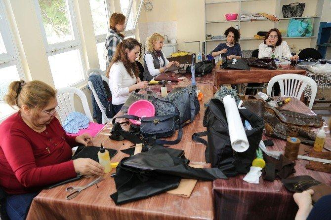 Mezitli Belediyesi, Deri Tasarım Kursu Açtı