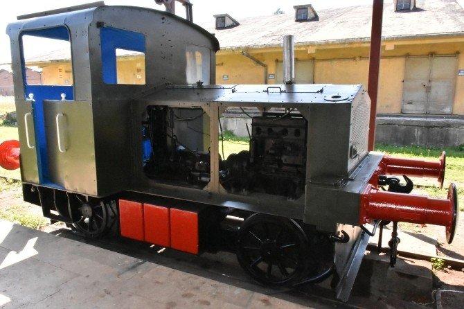Tarihi Trenin Restorasyonu Başladı