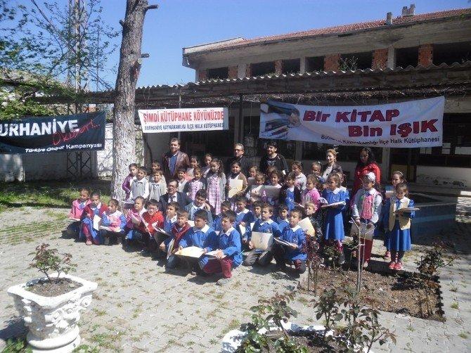 Burhaniye'de Köyde Okuma Bayramı Kutlandı