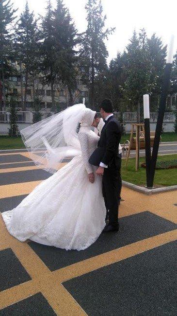 Sanat Sokağı Yeni Evlenen Çiftlerin Uğrak Yeri Oldu