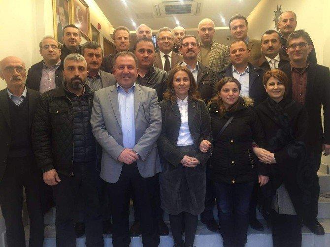 AK Parti'de Toplantı