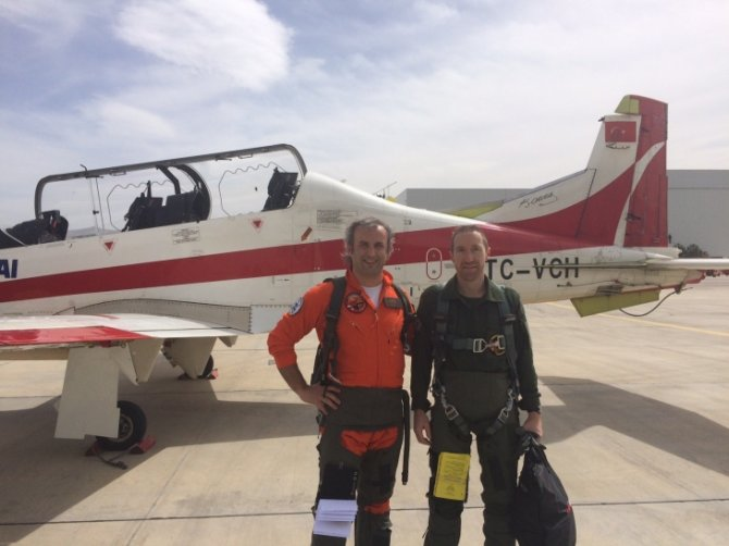 Türk uçağı 'HÜRKUŞ-A' Avrupa uçuş testini başarıyla geçti