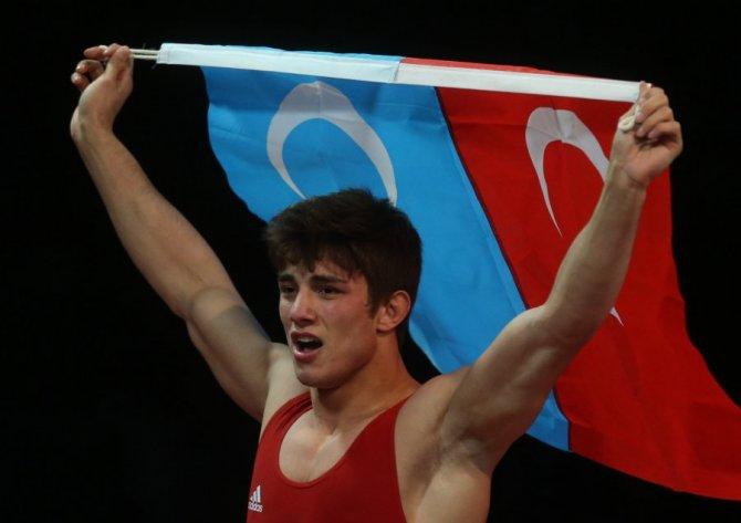 U23 Grekoromen Güreş Milli Takımı Avrupa üçüncüsü oldu