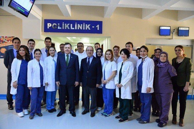 Uşak'ta Diş Hekimliği Fakültesi Kliniği Hasta Kabulüne Başladı