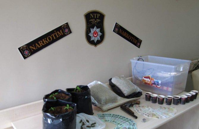Uyuşturucu operasyonunda 5 kişi tutuklandı