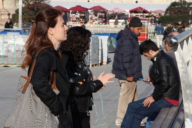 İstanbul'da Vatandaşlar 4.5g Kullanmaya Başladı