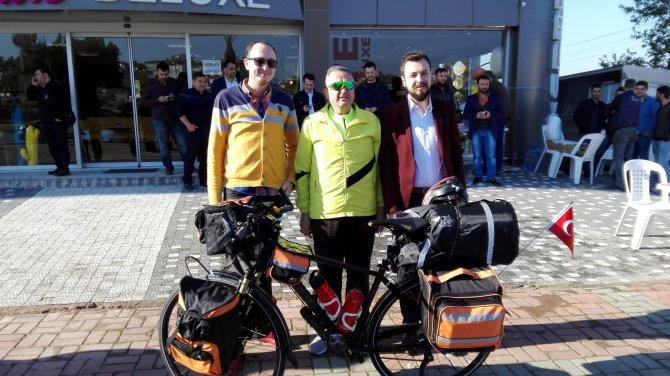 2 ay içinde 3 bin kilometre pedal çevirerek Hindistan'a ulaşacak
