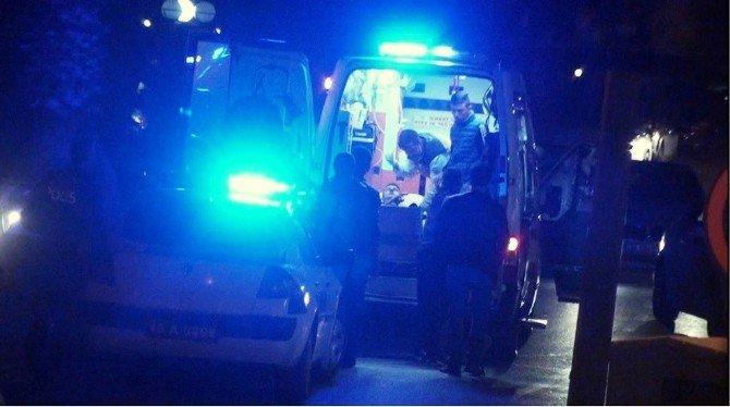 Ayvalık'ta Gençler Arasında Çıkan Arbedede 1 Kişi Ağır Yaralandı