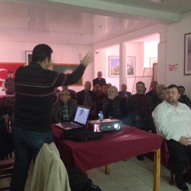 Ayvalık'ta Ziraat Odası'nın Eğitim Toplantıları Sürüyor