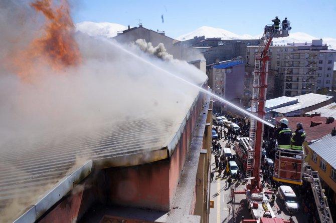 Erzurum Devlet Tiyatroları sahnesinde yangın