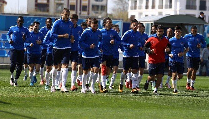 Kasımpaşa, Beşiktaş Maçı Hazırlıklarını Sürdürüyor