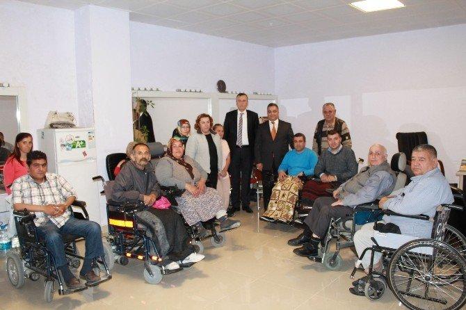 Erenoğlu: Yol Ve Kaldırım Çalışmasında Engelli Vatandaşlar Unutulmasın