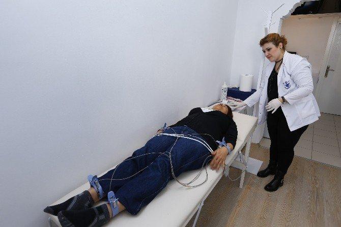 Konak'ta Vatandaşlara Sağlık Taraması