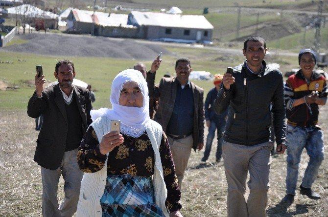 Türkiye 4,5g'ye Geçti, Muş'ta Halen Telefon Şebekeleri Çekmiyor