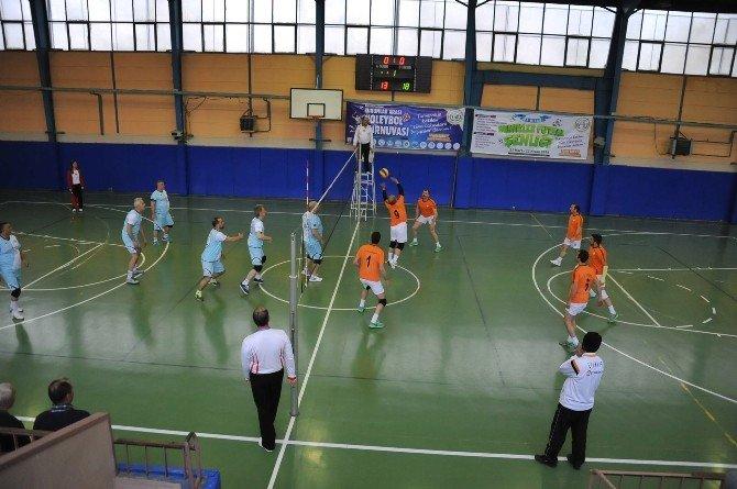 Bozüyük Belediyesi Kurumlar Arası Voleybol Turnuvasında 3. Hafta Sona Erdi