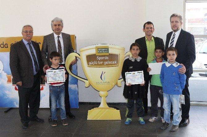 Akhisar'da Sporda Güçlü Bir Gelecek Projesi Sona Erdi