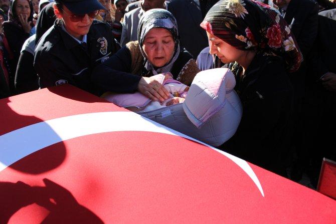 Şehit Gökhan Alıcı, arkasında 2 aylık bebeğini bıraktı