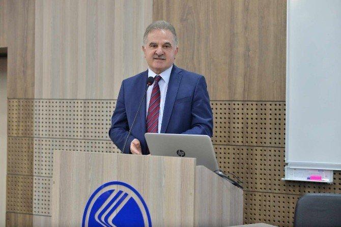 'Türkiye'de Hükümet Sistemi Arayışları' Konulu Panel Gerçekleşti