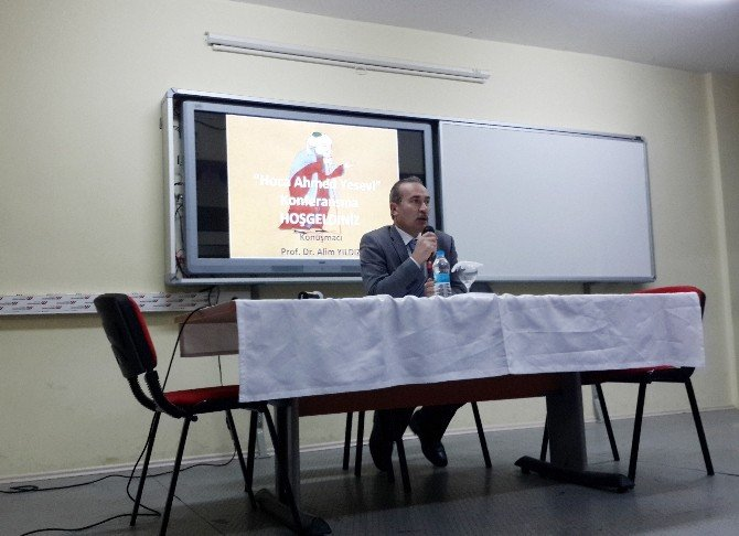 Sivas'ta Ahmed Yesevi Konferansı Yapıldı